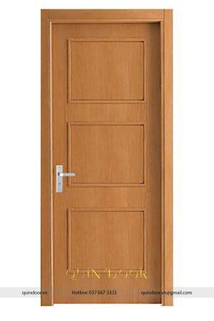 Cửa composite Quindoor phủ pvc vân gỗ có phào QDC504
